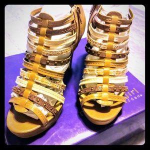 Madden Girl Kickoff Sandals. NWT